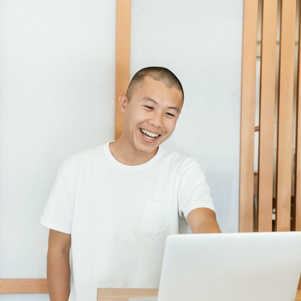 Headshot of James Choi, founder of corduroi club